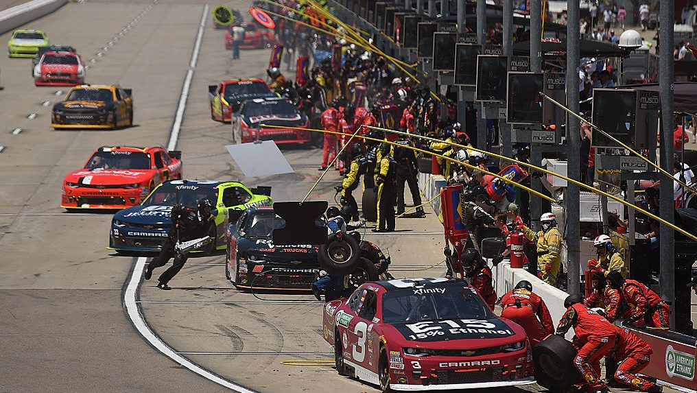 'Strategy,' 'wit' goal of pit experiment in Xfinity, Trucks - NBC Sports