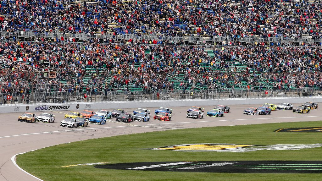 Thursday night Cup race at Kansas: Start time, TV channel, lineup