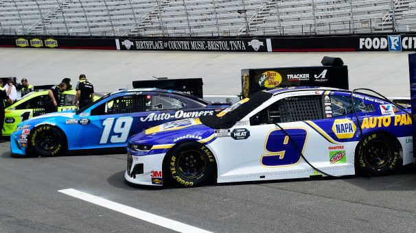 Chase Elliott, Martin Truex Jr. not focusing on points deficit