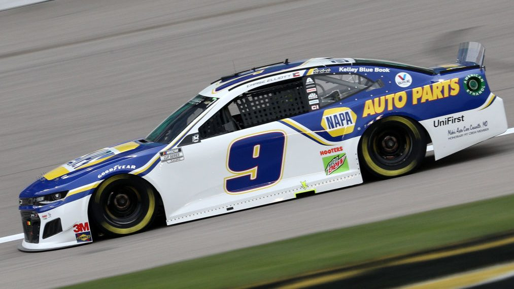 NASCAR 'might have missed' ordering Chase Elliott to fix radio issues