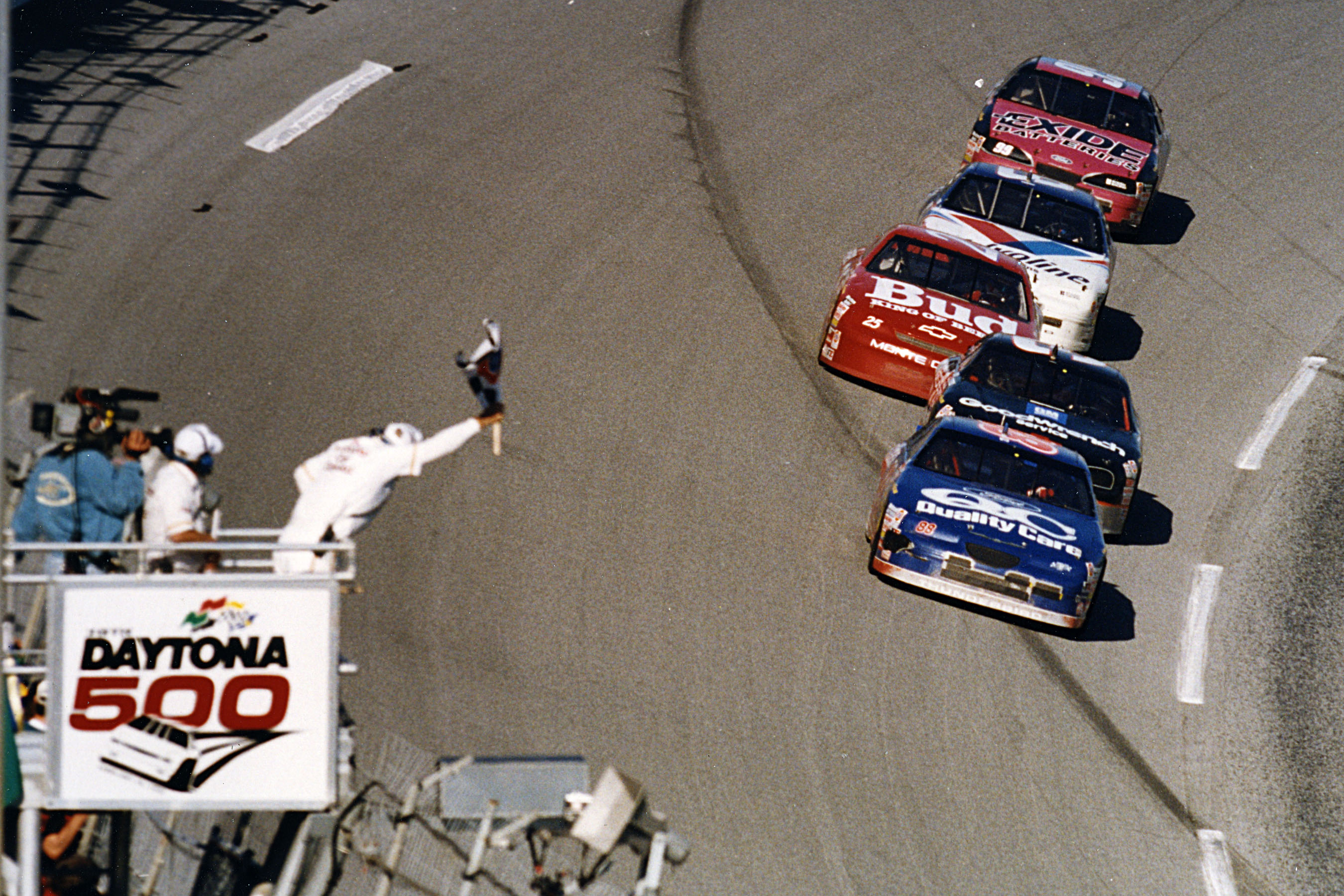 1996 Daytona 500 - Checkered Flag