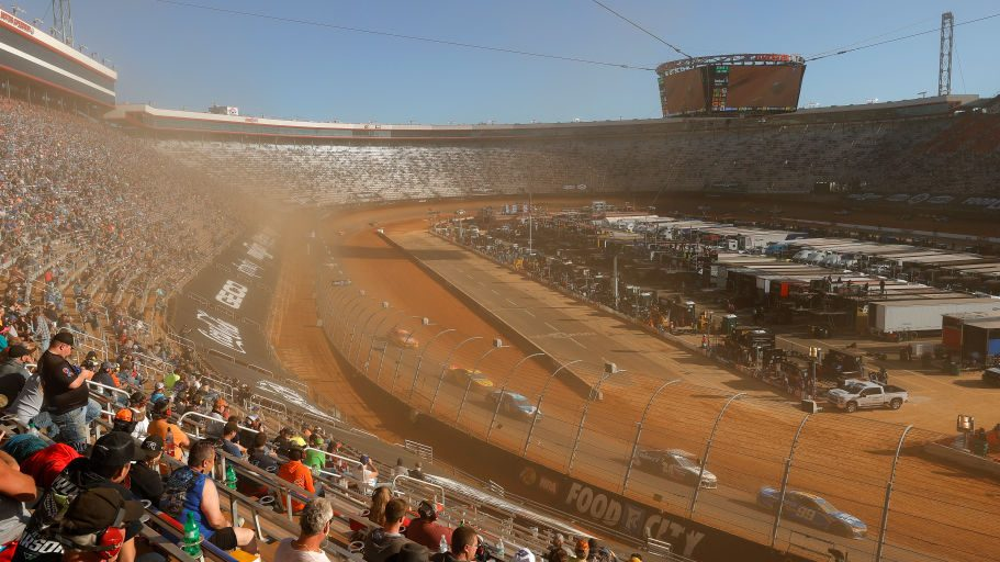 NASCAR Cup Series Food City Dirt Race
