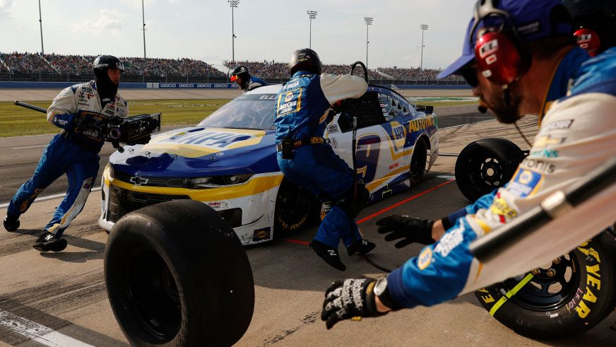 NASCAR disqualifies Chase Elliott for five loose lug nuts - NASCAR on NBC Sports
