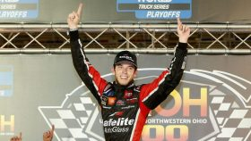 NASCAR Camping World Truck Series UNOH 200 presented by Ohio Logistics